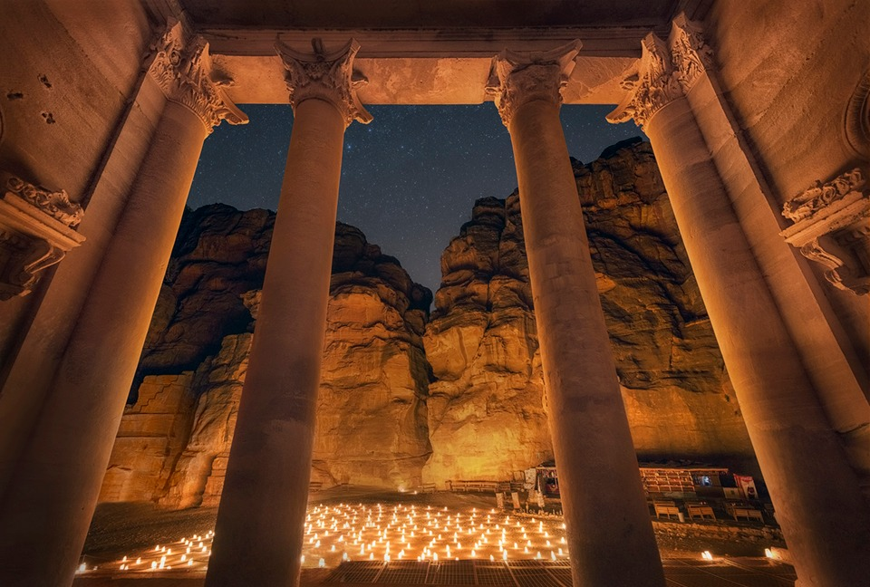 Petra By Night Inside The Treasury Tsl Post